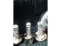 Cordless treble telephones