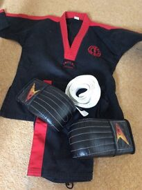 Kick boxing outfit and gloves