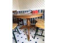 Round dining table (rustic style)