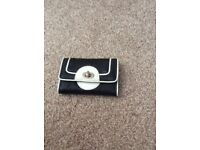 Black and white purse - new