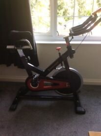 Spinning/exercise bike
