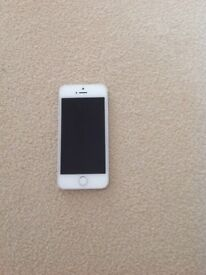 Apple iPhone 5 white in excellent condition