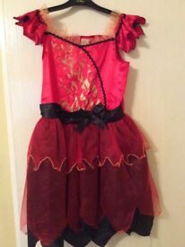 Girl party dress age 9-10 year old - excellent condition.