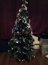 4 ft Snow tipped Fibre Optic Christmas tree