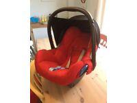 Maxicosi baby car seat cabriofix with infant head rest isofix