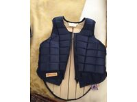 Racesafe child's ( large) body protector EN 13158:2000