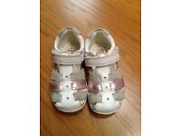 Clarks Girls Leather Sandals Size 5F
