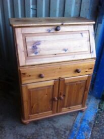 Unusual solid pine bureau in great condition