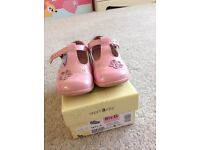 Start rite 6 1/2 G pink shoes