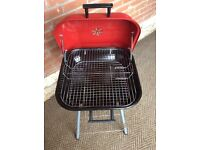 VGC Red Metal Lidded BBQ (Barbeque)