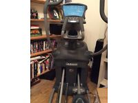 REDUCED Professional /commercial/ gym standard elliptical cross trainer, great full body workout