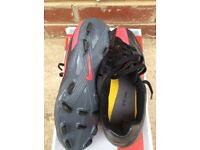 Nike T90 Football Boots Size 5