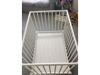 Playpen multi height. Can be used for tiny babies at the higher level, low down for toddlers.