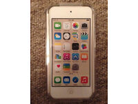 *Unopened* 32GB iPod Touch 6th Gen Gold