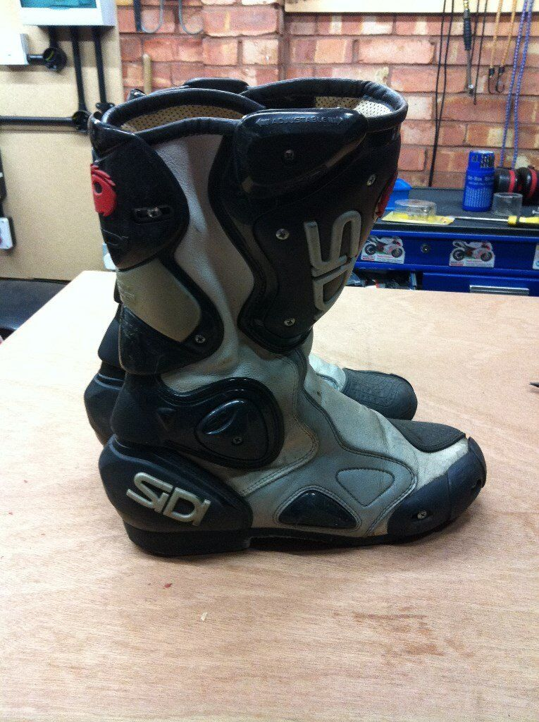 motorcycle boots Sidi size 8