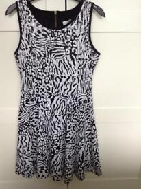 Woman's dress size 10