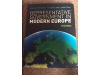 M. Gallagher, M. Laver, P. Mair : Representative Government in Modern Europe . 5th edition