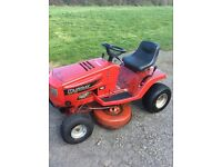 Murray 125/96 Briggs and Stratton 12.5hp ride on lawnmower