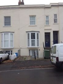 One bedroom unfurnished flat to let in Malvern Road Cheltenham
