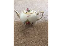 Porcelain hand painted Teapot Herend Hungary