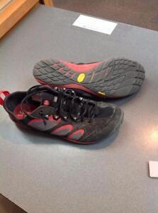 Merrell Men's Running Shoes 10 Black, Red (SKU:97T9EC)
