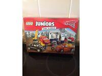 Lego juniors bricks.
