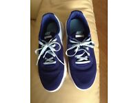 Nike running trainers(size 5\half