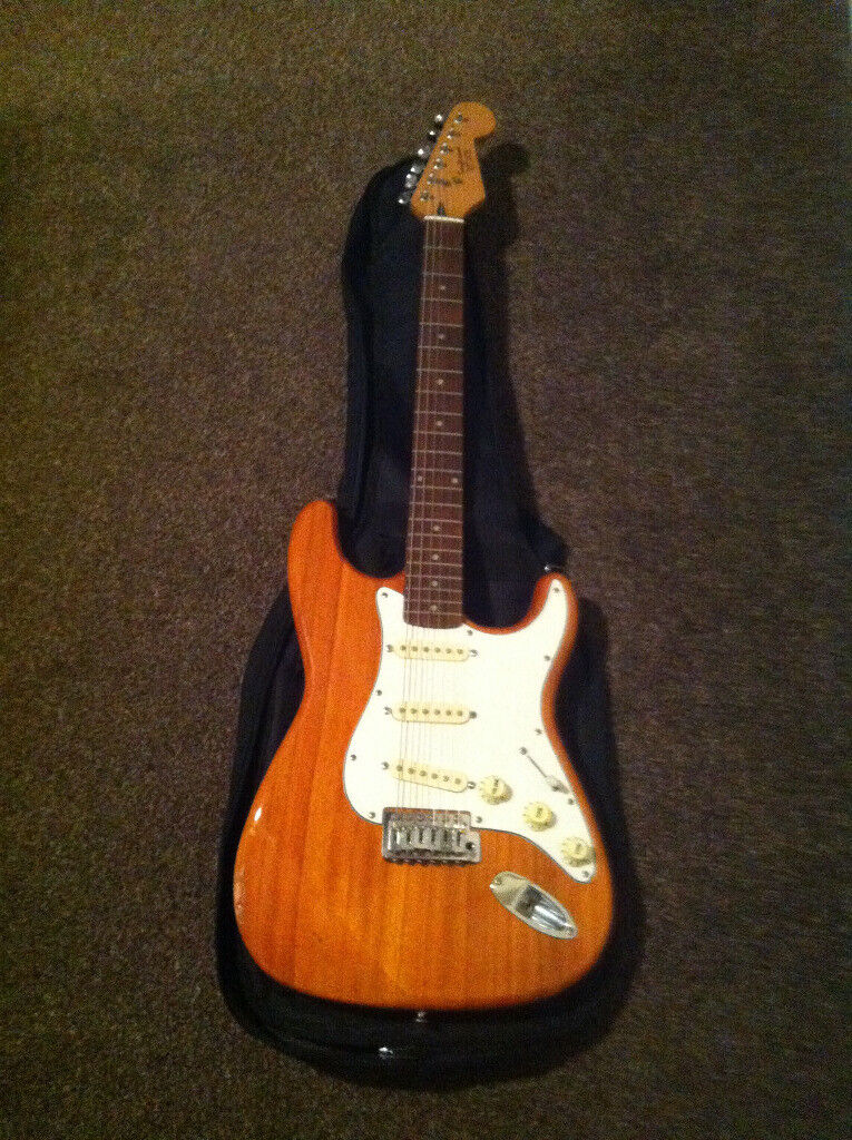 Tanglewood Outlaw Strat type guitar