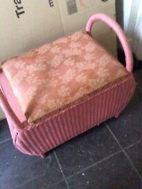 Lloyd loom padded storage seat
