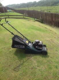 Hayter hunter41 petrol lawnmower good condition, removable grass collector. Buyer to uplift.