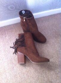 Ladies Suedette Tassel Boots Size 7