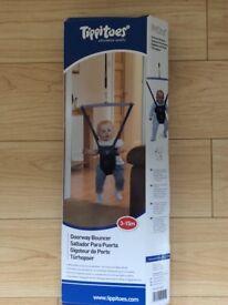 Tippitoes Doorway Bouncer door baby 3 -15 months