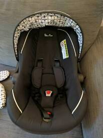 Silver Cross car seat- BARELY USED