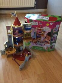 Ben and Holly's Little Kingdom Little Castle magical playset