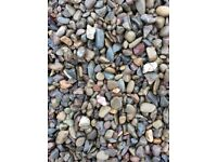 20 mm riverbed garden and driveway chips/stones