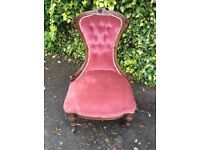 Two Victorian button back chair . Walnut wood .In good condition . Buyer to collect