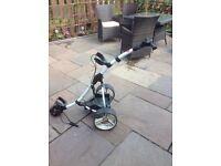 Motocaddy digital golf trolley
