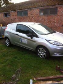Ford fiesta van 2010