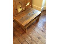 SMALL BESPOKE PALLET WOOD SIDE TABLE/ COFFEE TABLE