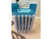 PACK OF SIX 96 mm T BAR HANDLES FROM B&Q £10