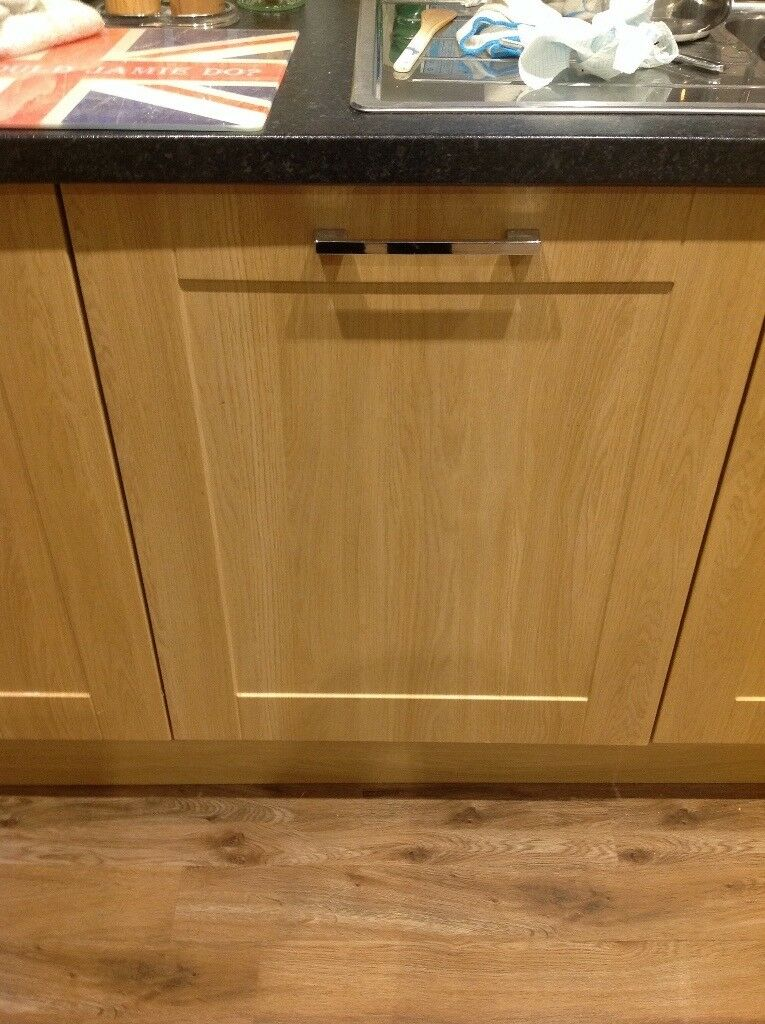 Lamona Integrated Dishwasher supplied by Howdens