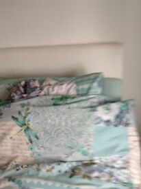 A Loverly double white bed