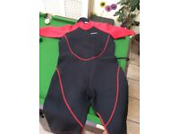 Short wet suit mountain warehouse men L-XL