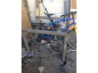 Double metal bike rack, free