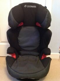 maxi cosi car seat for 15-38kg and additional booster seat