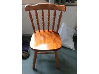 Solid pine extendable table and 4 chairs