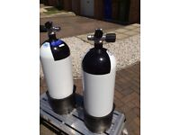 10 ltr cyl x2, in as new condition, can be used as a single or twinset or side mount,