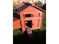 Good quality, barely used, bolt together wooden 10 chicken coop and run.
