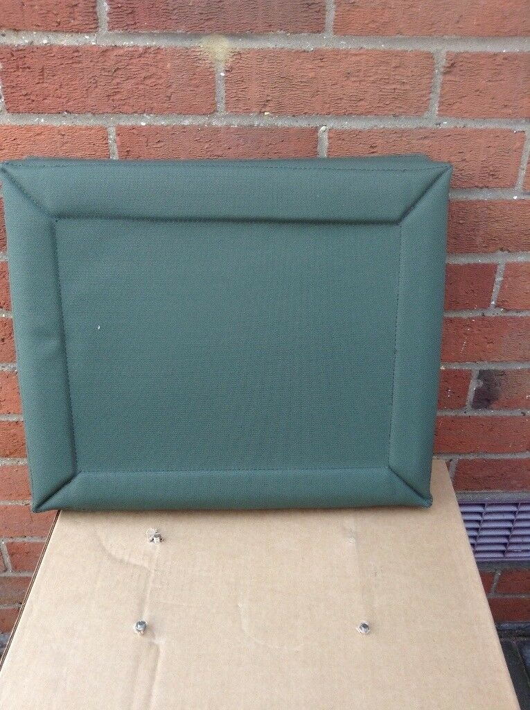 Cushion seat for military vehicle