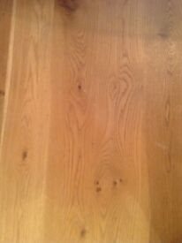Solid oak flooring,very good condition,full length 3.1 m planks,approx 11 sq meters.